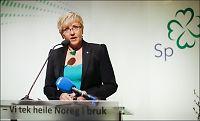 Sp-ledelsen snur - går inn for EØS-folkeavstemning og arbeidsinnvandring