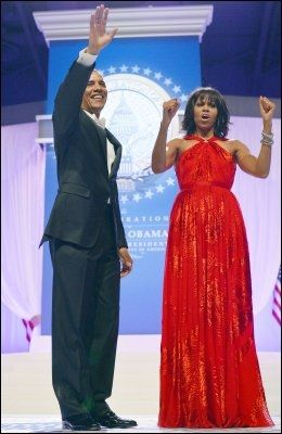 SUPERDUO: Både president Barack Obama og førstedame Michelle Obama - her avbildet i januar i år - er på Times ferske liste. Foto: JEWEL SAMAD, Afp