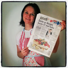 LYKKELIG VINNER: – Wow, er det sant? Stemmer det virkelig at jeg har bakt Norges beste 17. mai-kake, sier Elin Larsens til nyheten om at hun har gått til topps i VGs kakekonkurranse.