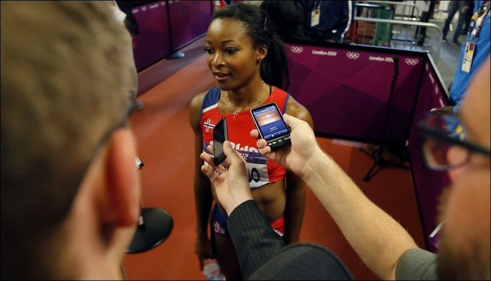 PENDLER: Ezinne Okparaebo (25), her i London-OL i fjor, satser på at hun kan fortsette å reise til Reina Reider utenfor London for å trene med amerikaneren og hans britiske sprintere.