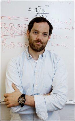 KRYPTOLOG: Sondre Rønjom er forsker ved seksjon for kryptoutvikling ved Nasjonal sikkerhetsmyndighet.