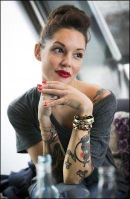 frekke damer triana iglesias tatoveringer