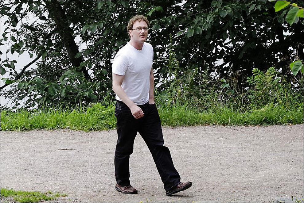 FÅR STØTTE: Peder Are Nøstvold Jensen får 75.000 kroner i støtte fra stiftelsen Fritt Ord. Her møter han VG i Frognerparken i juli 2011. Foto: MAGNAR KIRKNES/VG