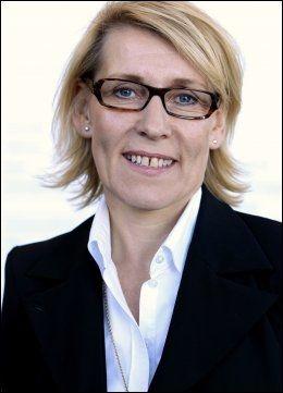 - BEDRING: Direktør Hulda Gunnlaugsdottir ved Akershus Universitetssykehus tror mer helgejobbing vil bedre pasientforholdene. Foto: ERLEND AAS