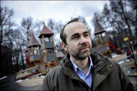 HANDLER OM BARN: KrFs Øyvind Håbrekke mener debatten om adopsjon og assistert befruktning for homofile handler vel så mye om barns som voksnes rettigheter. Foto: HARALD HENDEN