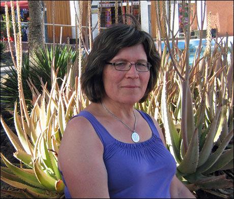 ASSISTANSE: Eva Michelson har selv møtt på diskriminering i arbeidslivet og jobber når for å hjelpe andre transpersoner gjennom Ressursgruppen for Transpersoner. Foto: Privat