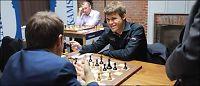 Carlsen sjokkerer sjakk-verdenen igjen