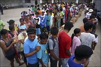 Geriljaen angriper hjelpeforsyninger på Filippinene
