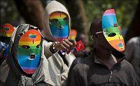 Norge gir fire milliarder til land som forbyr homofili