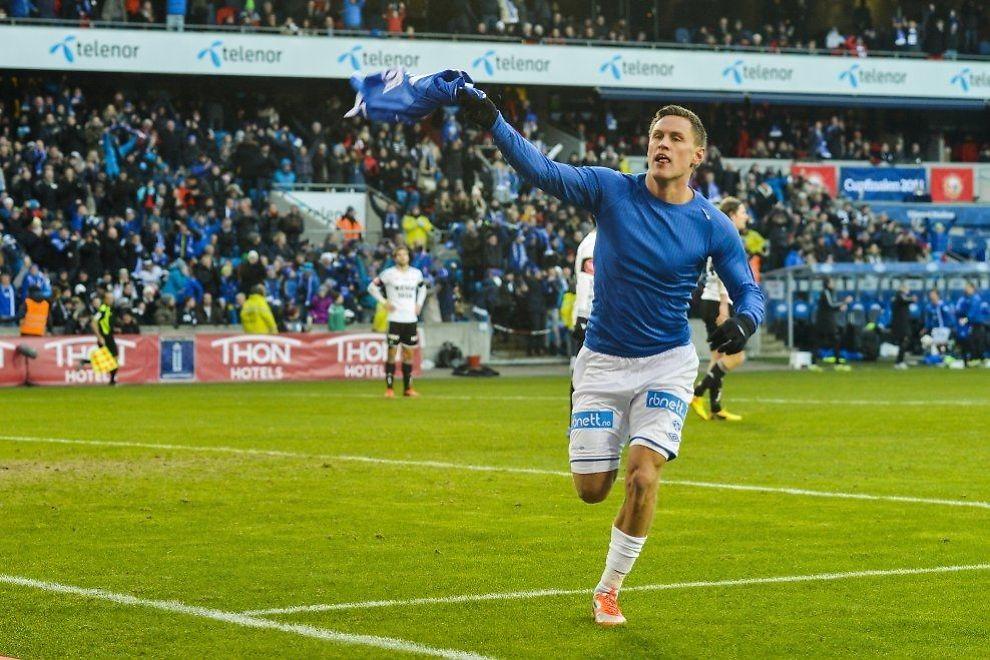 NY KLUBB: Tommy Høiland, her feirende etter å ha scoret for Molde i fjorårets cupfinale, skal etter det VG erfarer være aktuell for Lillestrøm. Foto: NTB Scanpix