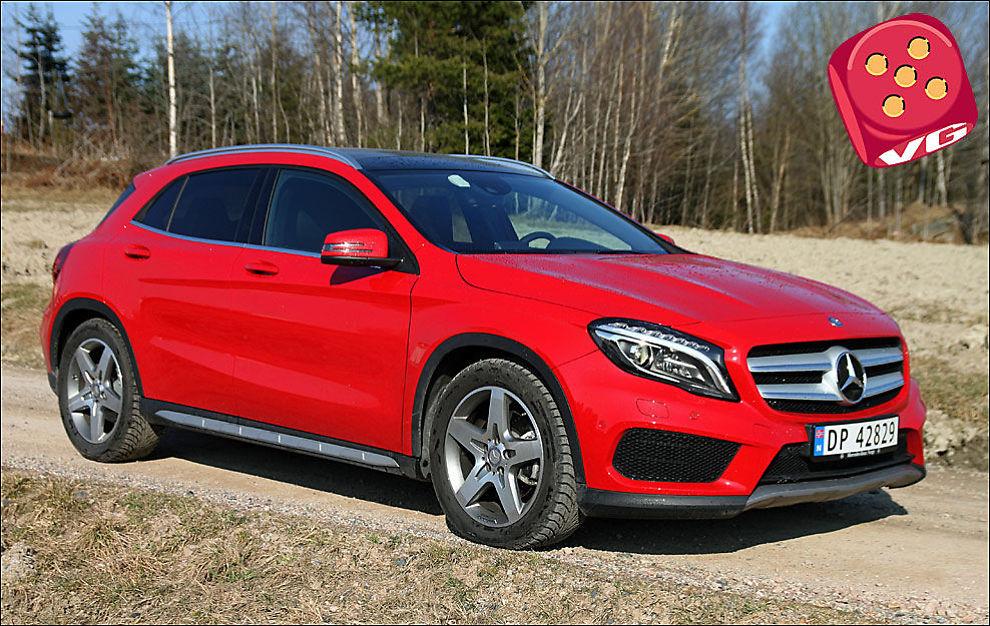 FEIENDE FLOTT: Mercedes GLA ser nesten ut som en Mercedes A-klasse som har fått for mye tran. Når det gjelder utseende, er dette den kuleste i kassen, per nå. Foto: Øystein Larsen-Vonstett