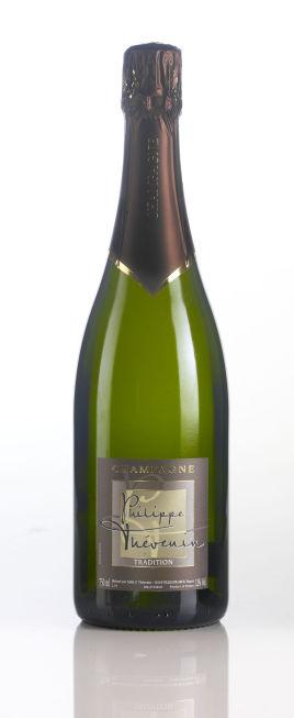 champagne og prosecco de beste musserende vinene til 17 mai p polet n finn noe. Black Bedroom Furniture Sets. Home Design Ideas