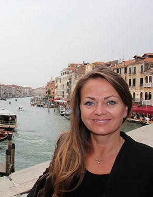 I VENEZIA: Mette Solberg Fjeldheim har fått tilbud om sponsing, men har ikke tatt stilling til dette ennå. Skulle hun takke ja vil hun merke dem. Foto: Privat