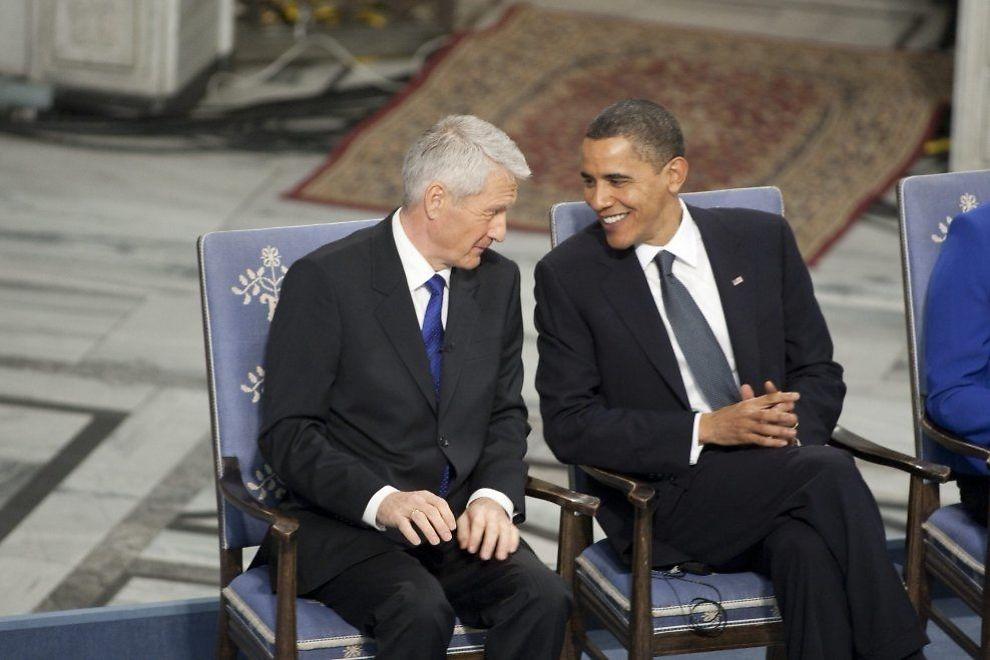FORTJENT PRIS: - Obama hadde tent nytt håp og det skjedde ting i rask rekkefølge. Det er jo derfor vi har politikere, sette ny kurs når vi beveger oss mot stupet. Det var verdt en fredspris, skriver Thorbjørn Jagland. Foto: JAN JOHANNESSEN.