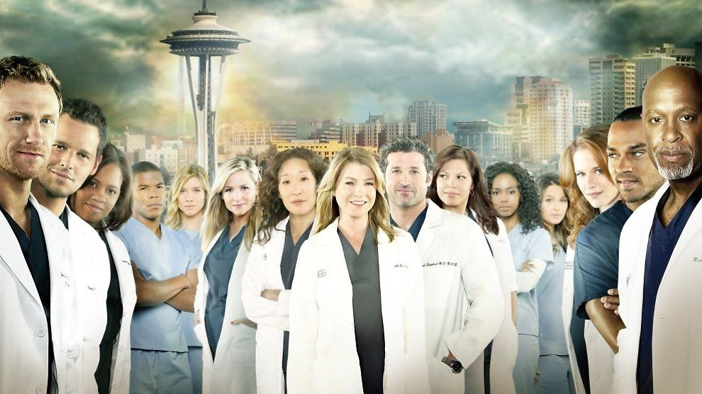 SESONG 10: I en avgjørende avskjedsscene i sesongavsutningen av «Grey's Anatomy» spilles Aqualungs versjon av a-has «Take On Me». Fra venstre: Kevin McKidd (Owen Hunt), Justin Chambers (Alex Karev) Chandra Wilson (Miranda Bailey), Gaius Charles (Shane Ross), Tessa Ferrer (Leah Murphy), Jessica Capshaw (Arizona Robbins), Sandra Oh (Cristina Yang), Ellen Pompeo (Meredith Grey), Patrick Dempsey (Derek Shepherd), Sara Ramirez (Callie Torres), Jerrika Hinton (Stephanie Edwards), Camilla Luddington (Jo Wilson), Sarah Drew (April Kepner), Jesse Williams (Jackson Avery) og James Pickens, Jr. (Richard Webber). Foto: ABC/TV 2