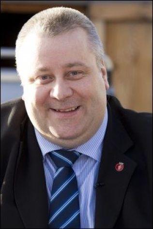 <p>FJERNER FORBUD: Statssekretær Bård Hoksrud (Frp) i Samferdselsdepartementet.<br/></p>