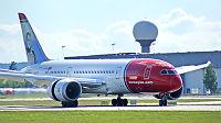 Mer Dreamliner-krøll for Norwegian