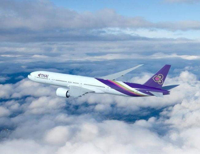 <p>BLIR TØFT: Til Bangkok er konkurransen allerede steintøff. Både Norwegian og Thai Airways flyr direkte fra Oslo med helt nye fly - som denne Boeing 777-300-maskinen til Thai. Vikings jumbojet-fly er fra 1999 og 2000.<br/></p><p><br/></p>