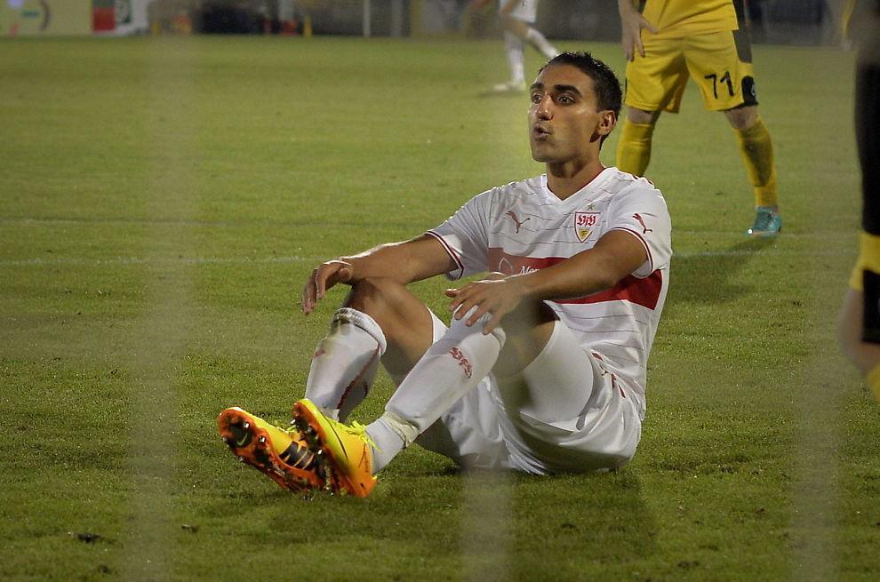 <p>SKADET: Mohammed «Moa» Abdellaoue vred kneet og mister trolig landskamper som følge av skaden.<br/></p>