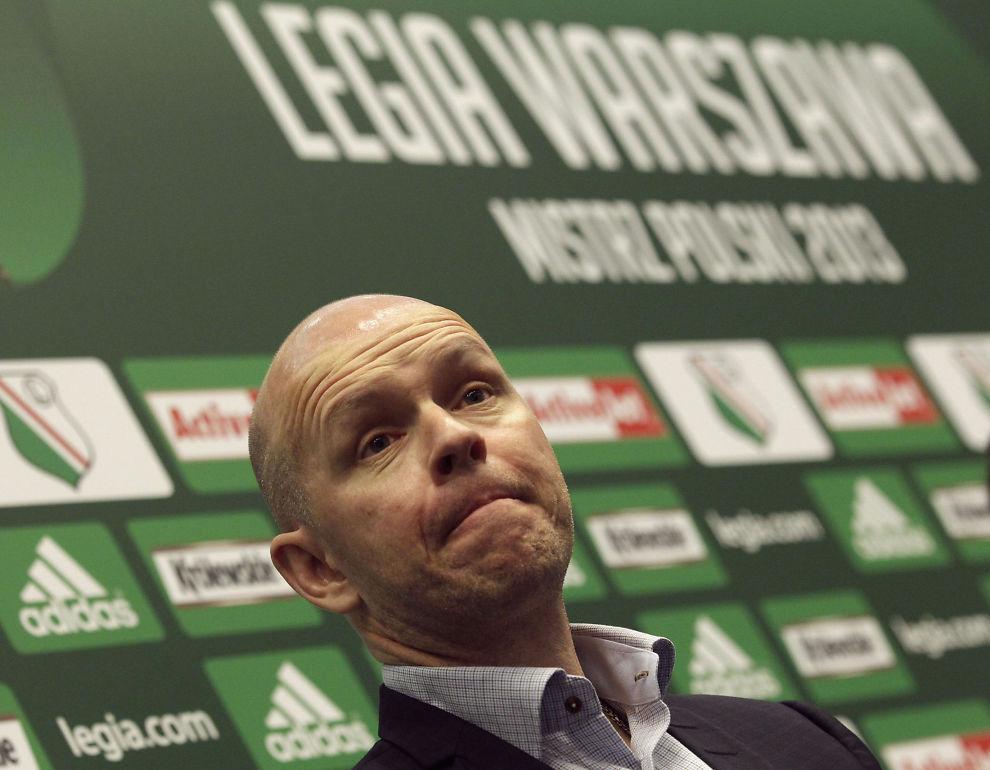 <p>SJOKKERT: Henning Berg mener UEFAs håndtering av saken der klubben hans er kastet ut av Champions League er under enhver kritikk.<br/></p>