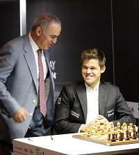 Slik er maktspillet som kan flytte Carlsens VM-match