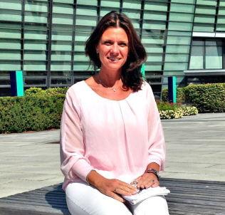 <p>KORRIGERTE: Bente Lennertzen gikk løs på barna sine og rettet konsekvent på deres sjylling- og baijl-uttale. Det skapte endring, konstaterer hun.<br/></p>