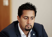 Abid Raja: Muslimer som Hussain spiser samfunn innenfra