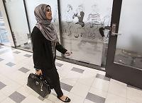 Faten (19) i VGTV-intervju: – Må hele tiden forsvare at jeg er muslim