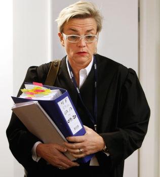 <p>LETTET: - Min klient er lettet over at politiet har gjort pågripelser, sier bistandsadvokat Gunhild Lærum.<br/></p>