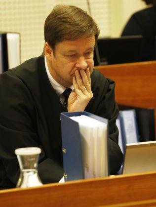 <p>REAGERER: Advokat John Christian Elden.<br/></p>