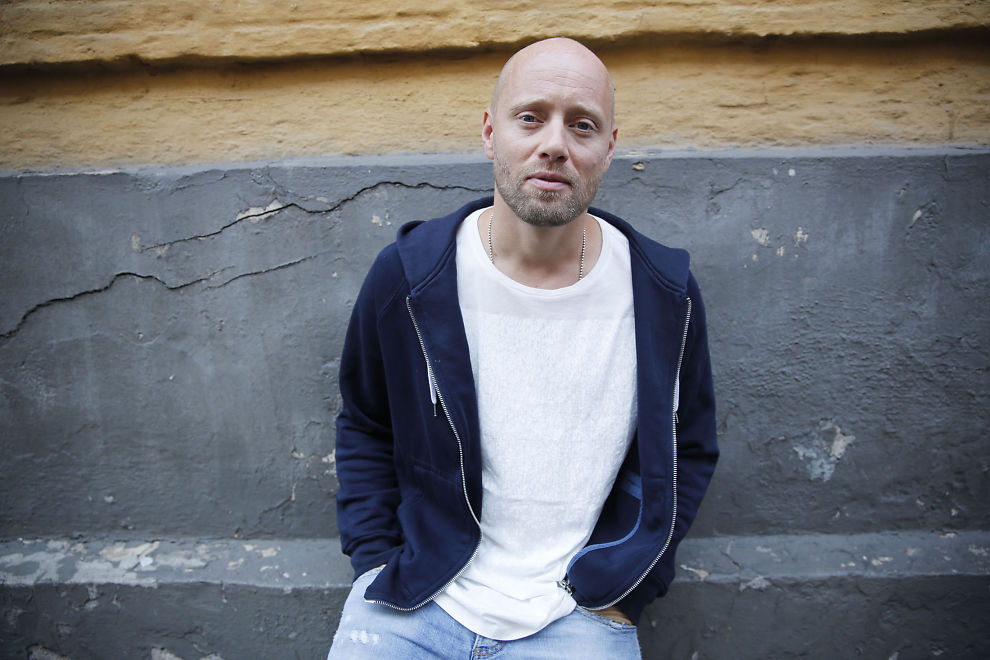 aksel hennie height