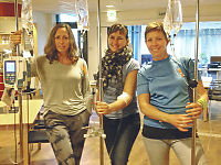 Tre venninner lagt inn på sykehus etter styrketrening