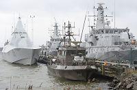 Ubåtjakten fortsetter i åpent hav