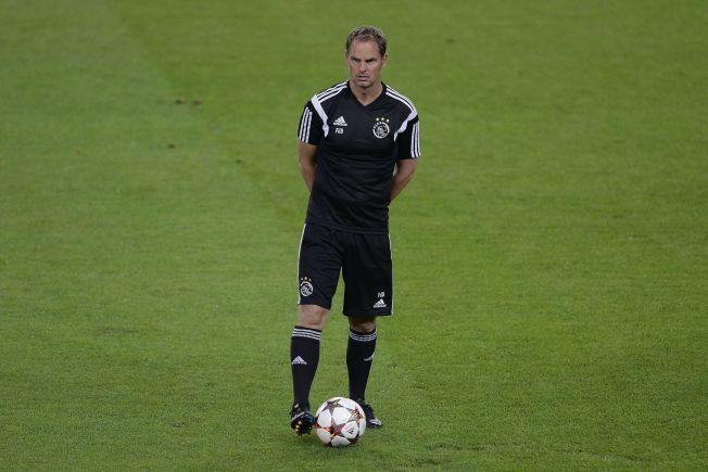 <p>TALENTTRENER: Ajax' manager Frank de Boer, her på Camp Nou før møtet med Barcelona, har lang fartstid i den nederlandske klubben og mener Martin Ødegaard vil passe perfekt inn.</p>