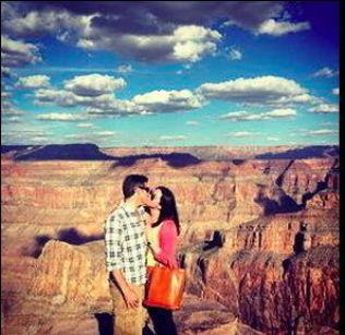 <p>SISTE DAGER: Om fem dager skal Brittany Maynard dø. I forrige uke var hun i Grand Canyon. Her sammen med ektemannen Dan Diaz.<br/></p>