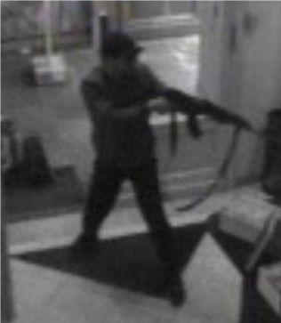 <p>SOLO-TERRORIST: Terroristen som skjøt og drepte fire personer ved det jødiske museet i Brussel tidligere i år er et typisk eksempel på terrorangrep FFI-forskerne mener vi vil se flere av i årene som kommer.</p>