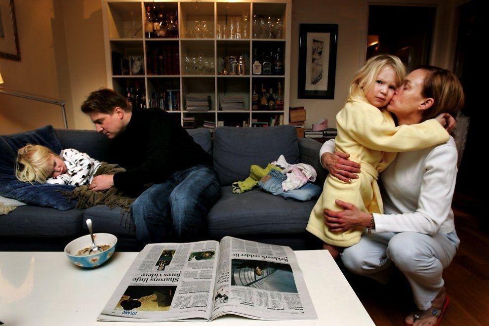 <p>TIDSKLEMME: Heidi og Ole Terje fra Bærum stilte i en tidligere VG-reportasje om tidsbruk med barna Ida Sofie, Vilde og Sander. Bildet publiseres med samtykke.</p>
