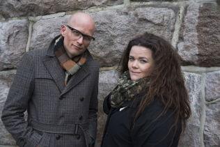 <p>FORFATTERNE: Nina Stensrud Martin og Erik Aasheim har skrevet en uautorisert biografi om Jonas Gahr Støre. FOTO: FRODE HANSEN/VG</p>