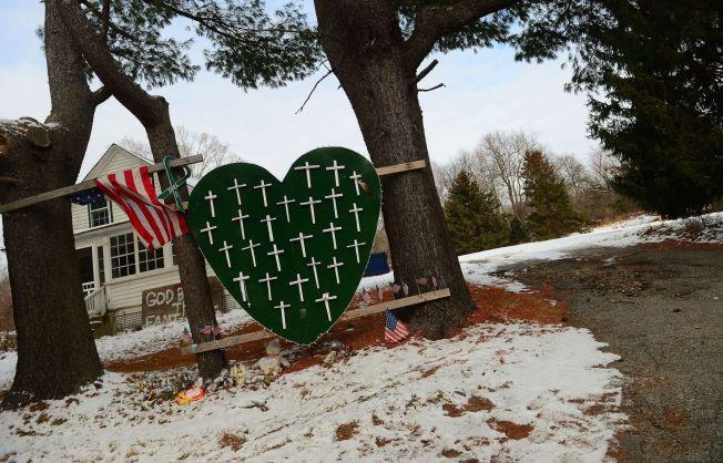 <p>MINNE: 20 barn og 6 voksne ble drept av Adam Lanza (20) i Newtown for om lag to år siden.<br/></p>