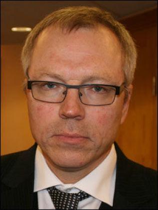 <p>ADVOKAT: Advokat Jostein Løken representerer den drapssiktede ektemannen.<br/></p>