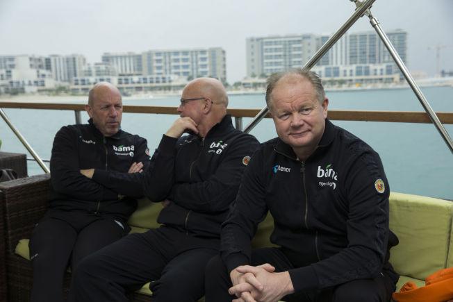 <p>PÅ TUR: Toppfotballsjef Nils Johan Semb, administrator Guttorm Dilling og landslagssjef Per Mathias Høgmo sammen på båttur fra Yas Marina i Abu Dhabi i januar i år.<br/></p>