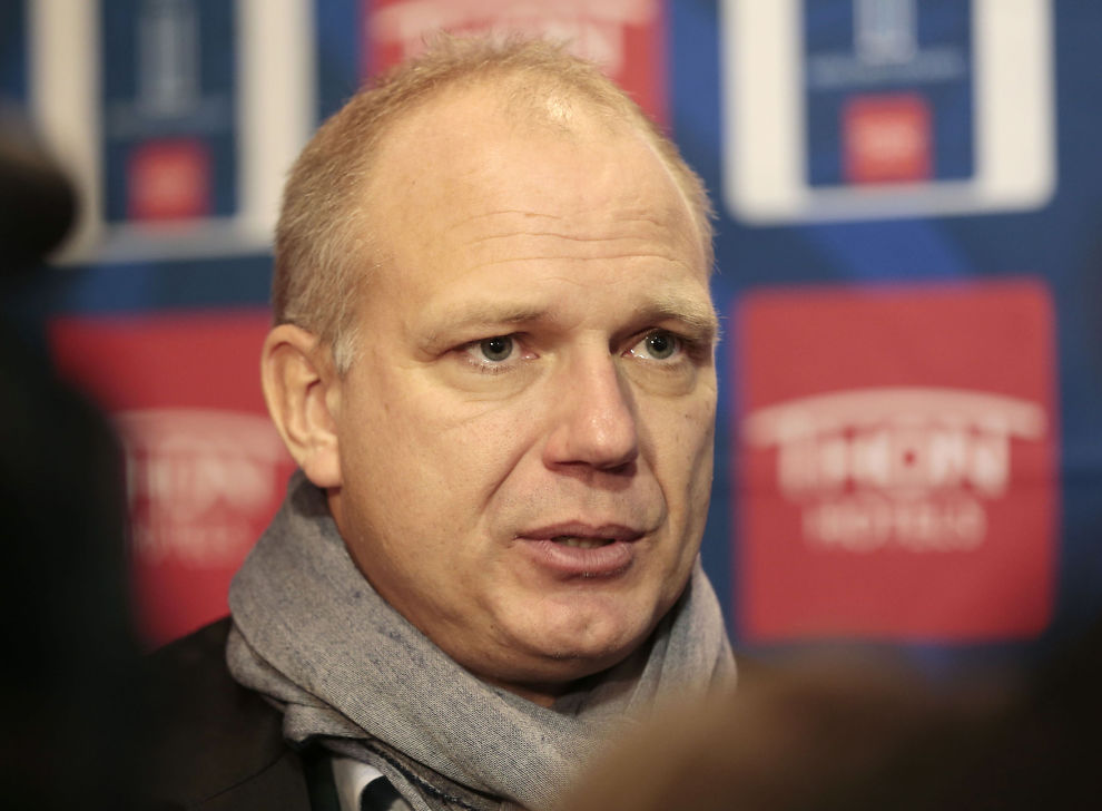 <p>TUNGT: Dag-Eilev Fagermo tok naturligvis cupfinaletapet mot Molde tungt, og innrømmer at det rant over i pressesonen ved siden av Tommy Høiland.<br/></p>