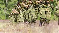 Forsvaret anbefaler ansatte å unngå uniform på reise