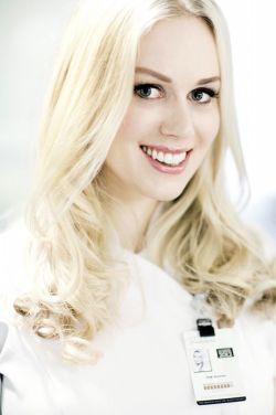 ANBEFALER SKRUBBING: Silje Austnes anbefaler å stimulere huden ved å eksfoliere den jevnlig. Foto:Silje Austnes/Siljeaustnes.com
