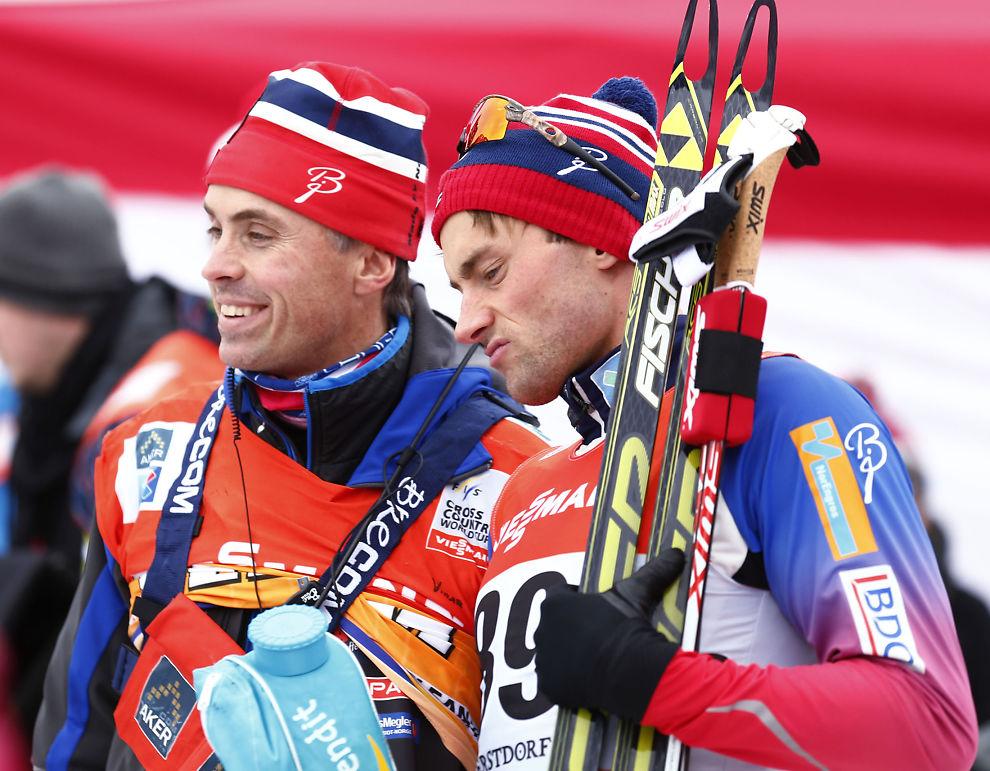 <p>SJEFEN OG KONGEN: Landslagssjef Vidar Løfshus (t.v.) offentliggjør VM-laget kommende lørdag, da får vi også vite om Petter Northug får gå VM-sprinten. Her er duoen etter prololgen under årets Tour de Ski. Northug ble nummer tre på den distansen.<br/></p>