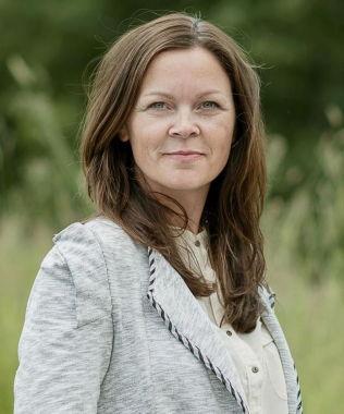 <p>ENDRER NAVN: Informasjonsdirektør Elin Ytterdahl Tohje i Nortura, sier at Gildes «Smårettbacon» skal få nytt navn som stemmer overens med innholdet i produktet.<br/></p>
