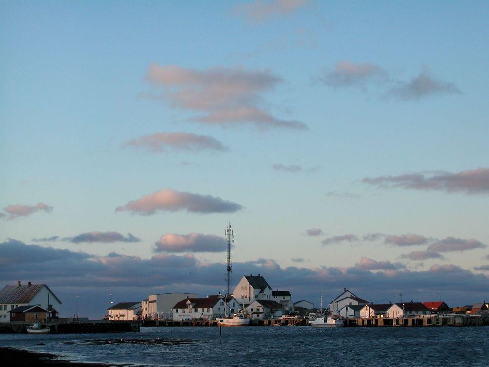 <p>FLATT: Røstlandet, den største av øyene i Røst kommune, er bare 11 meter på sitt høyeste.<br/></p>