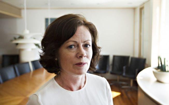 <p>BEKJEMPER KJÆRESTEVOLD: Barne-, likestillings- og inkluderingsminister Solveig Horne (Frp).</p><p><br/></p>