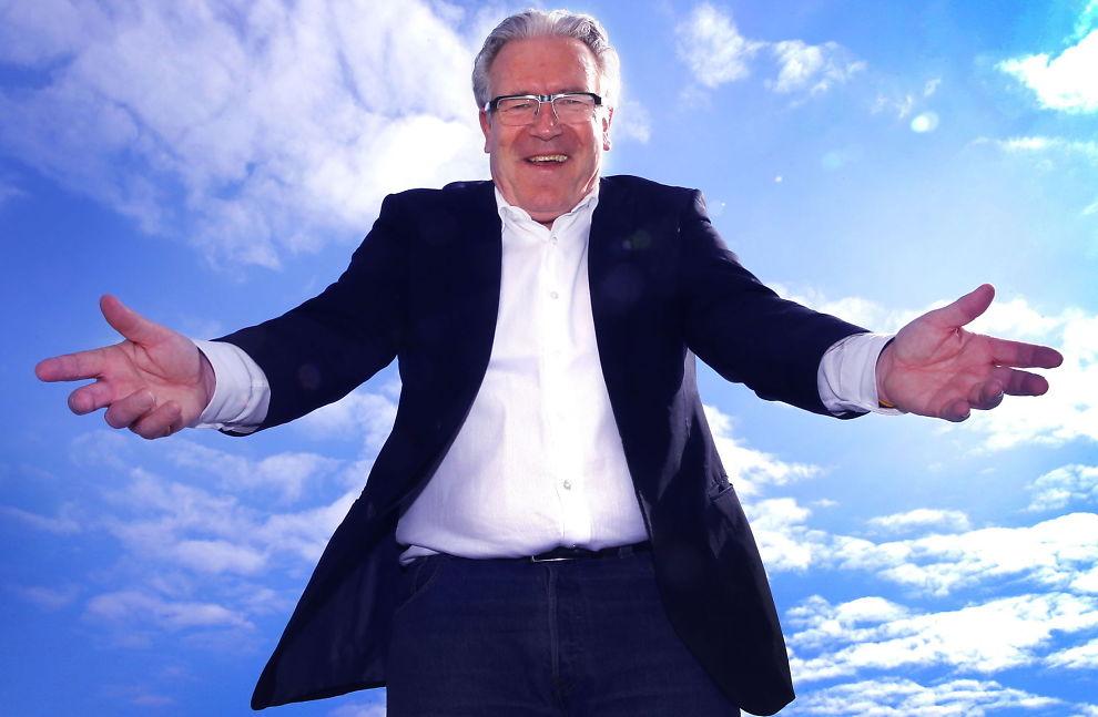 <p>ELSKER JOBBEN: Davy Wathne har TV 2-jobben som hobby, men når han fyller 67 år er det slutt.<br/></p>