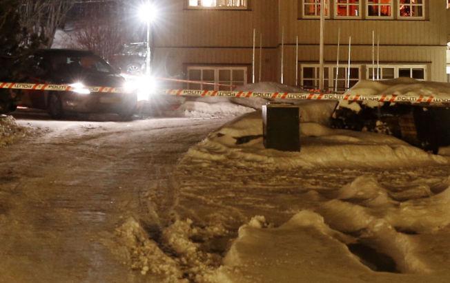 <p>FUNNET DREPT: Her i sokkelleiligheten i denne eneboligen i Hemsedal ble kvinnen funnet død mandag 15. desember. Politiet skjønte raskt at de sto overfor et drap.</p><p><br/></p><p><br/></p>